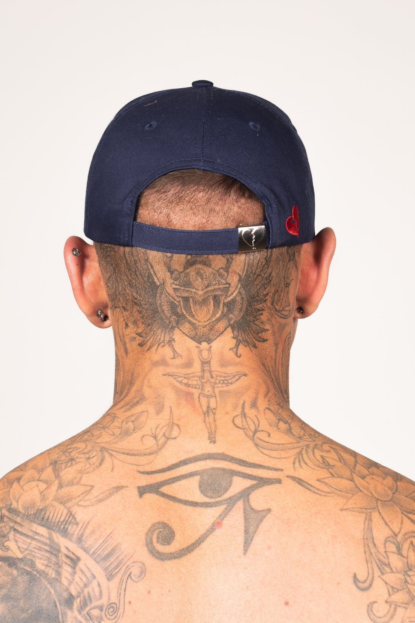 Men's Signature Cap in Navy & White - DEFEND LONDON