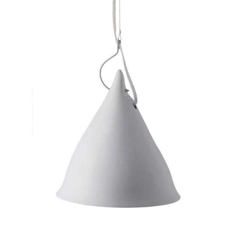 Cornet suspension light in matt porcelain (2 sizes)Tse Tse- Cachette