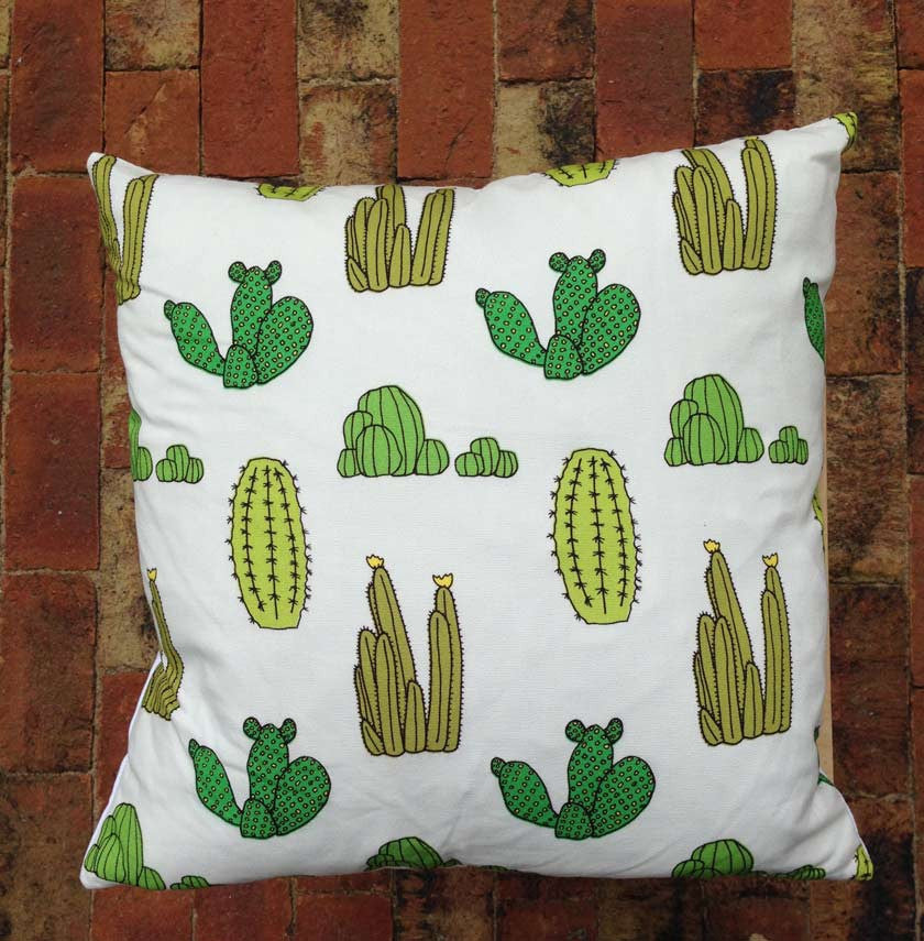 Cotton cushion with duck feathers - CactusBaines and Fricker- Cachette