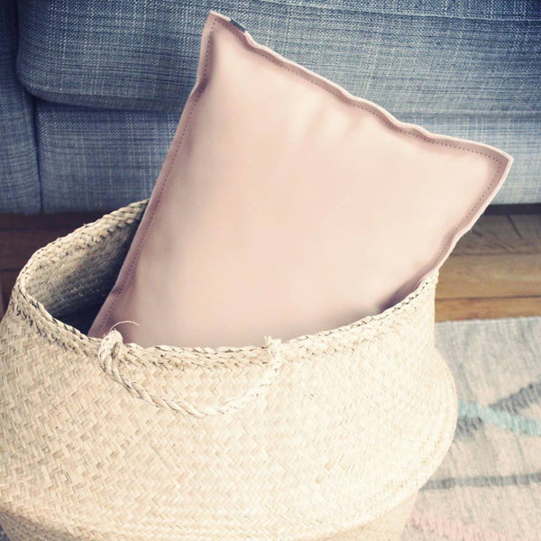 Pink leather and grey felt cushion 30x50cmMetylos- Cachette