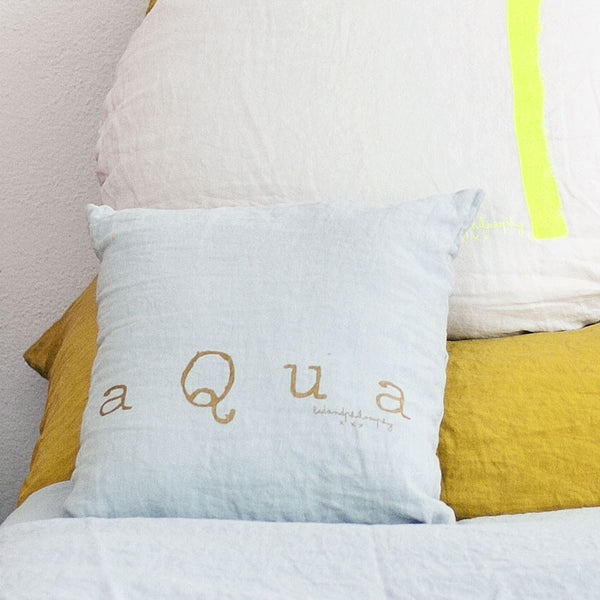 Mini linen cushion 35x35cm with print (18 colours)bed and philosophy- Cachette