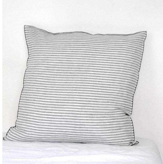Pillow case in pure linen with light black stripesVDJ- Cachette