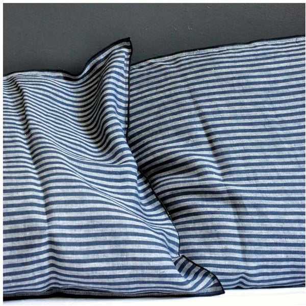 Pillow case in pure linen with dark black stripesVDJ- Cachette
