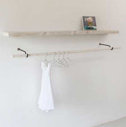 Wooden shelf and rail with iron support 120 or 200 cmKatrin Arens- Cachette