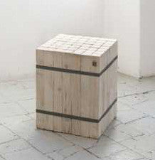 Wooden side table - stool 31 x 31 x 45 cmKatrin Arens- Cachette