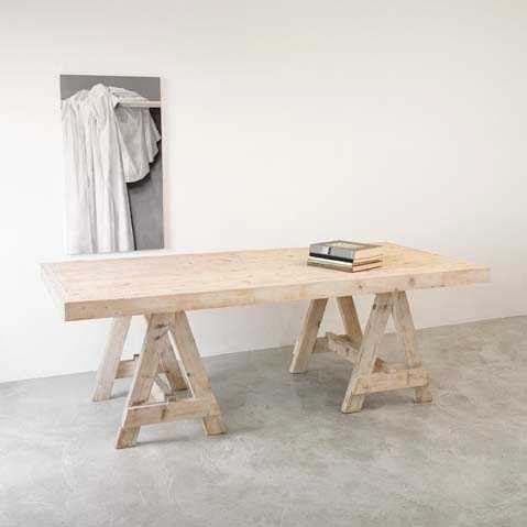 Wooden dining trestle table L 220 cmKatrin Arens- Cachette
