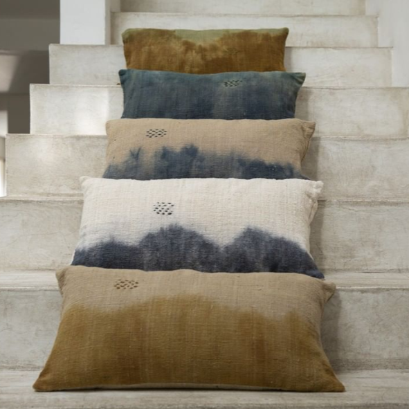 Deep dye cushion 30x60cm (various colours)