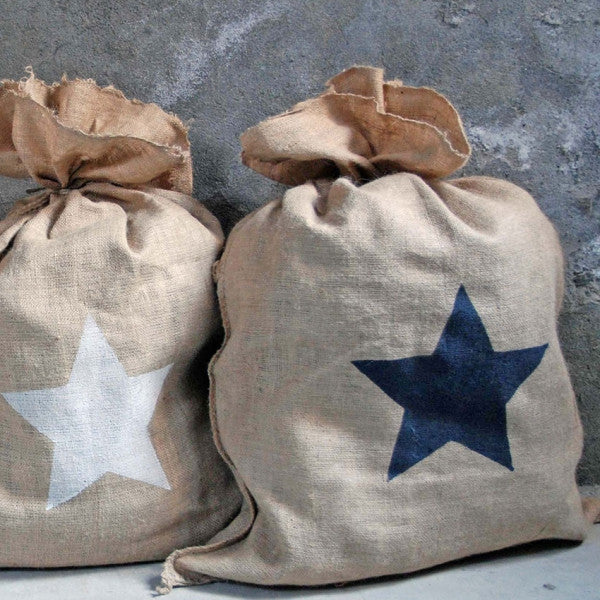 Jute sack with star (2 colours)