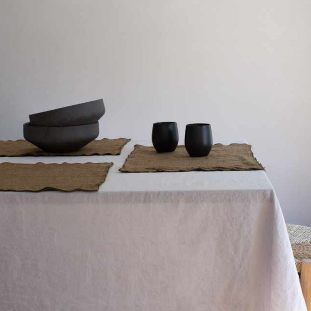 Set of two mottled linen placemats - 6 colours