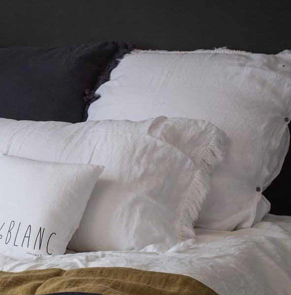 Fringed linen pillow or cushion cover (4 sizes and 11 colours)bed and philosophy- Cachette
