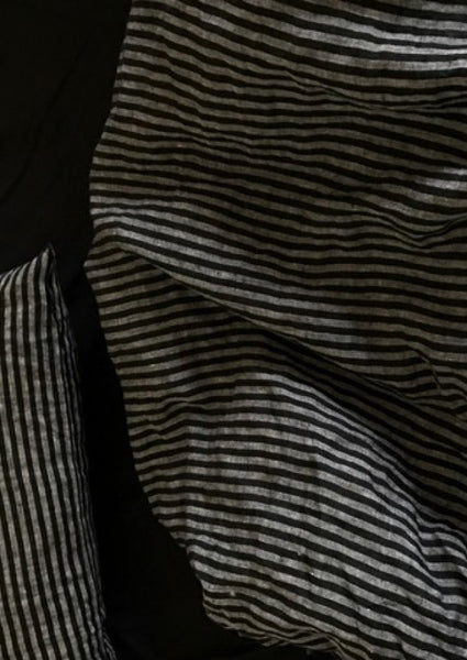 Duvet cover in pure linen with dark black stripes (single or double)
