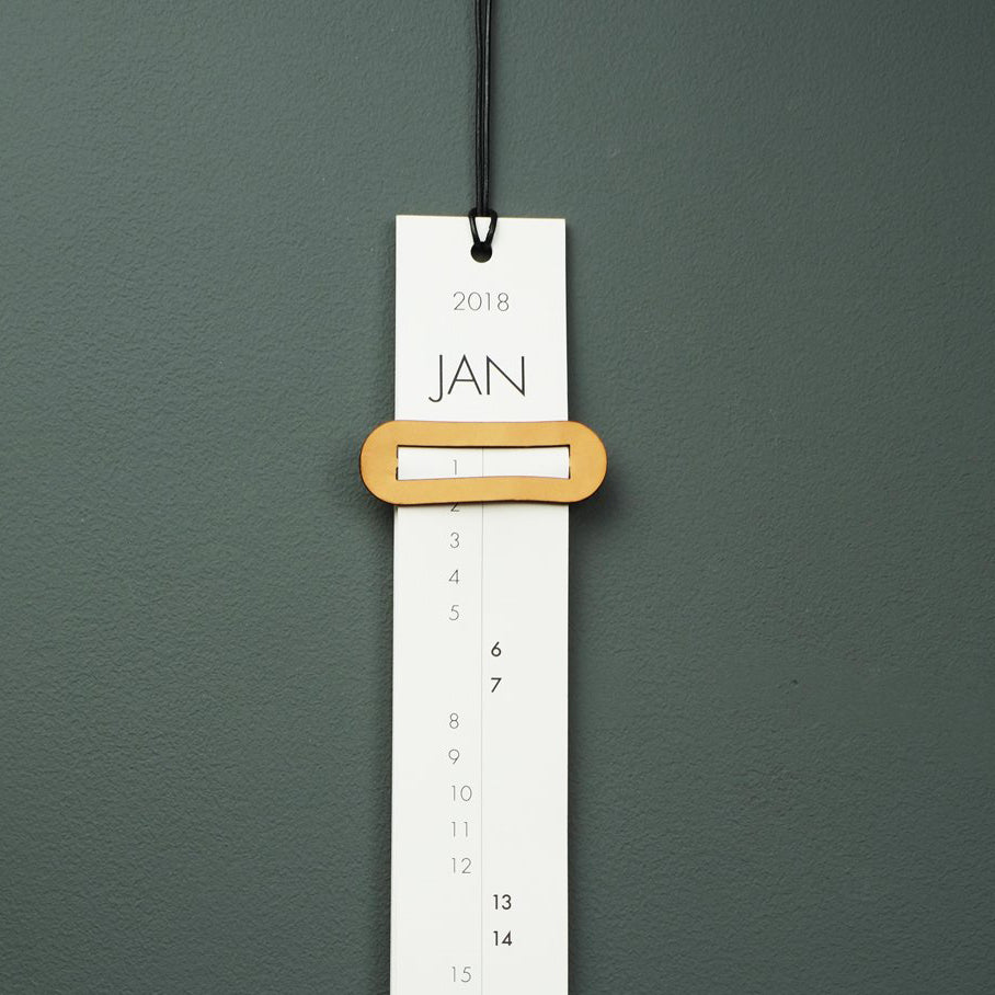2018 calendar with leather buckle
