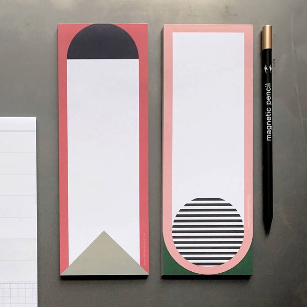Set of two magnetic notepads