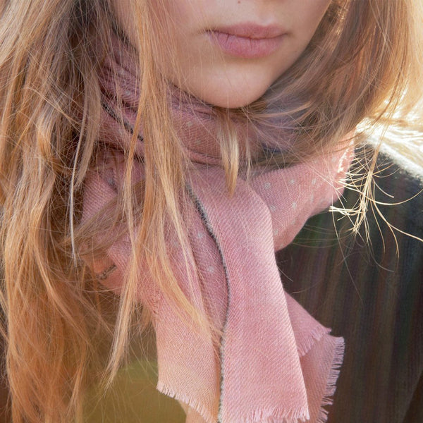 Dotted pink wool and silk scarf 70x180cmMoismont- Cachette