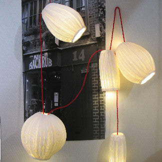 "Sculptural light ""grappe""papier a etre- Cachette"
