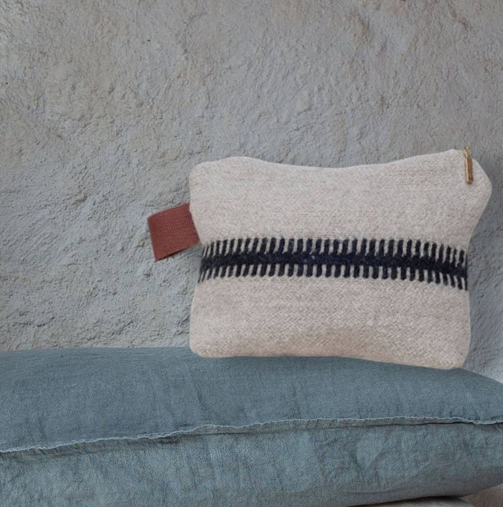 Linen and wool zipped pouch (2 sizes)