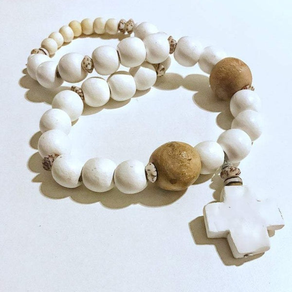 Clay, wood and shell necklace (or decoration)