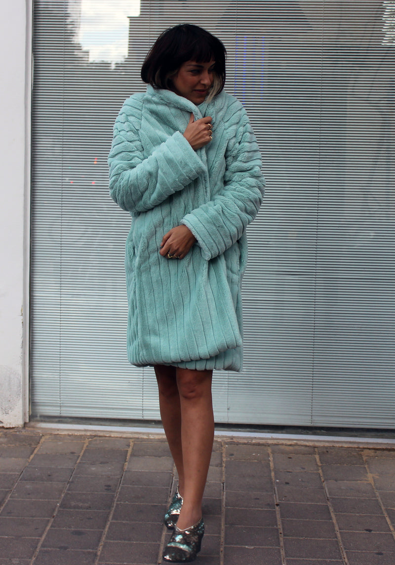 Mint Cuchu Fur Coat - מעיל צ׳וצ׳ו מנטה