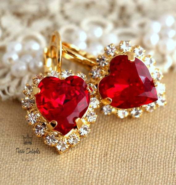 Red Heart Earrings - עגילי לב אדום
