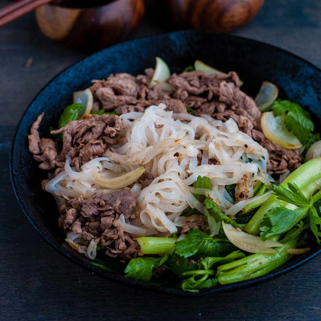 Stir-fry Pho Noodle with Beef