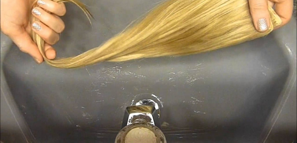 How To Wash Clip-In Streaks