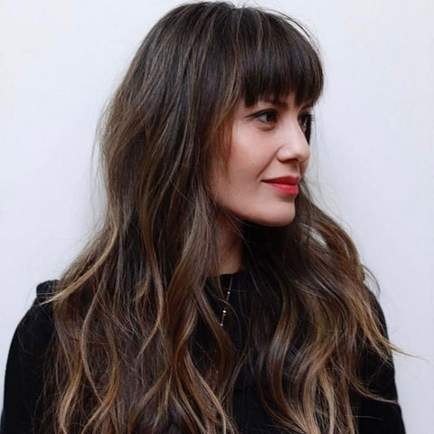 Long Layered Hair With Bangs is Flattering and Fashionable