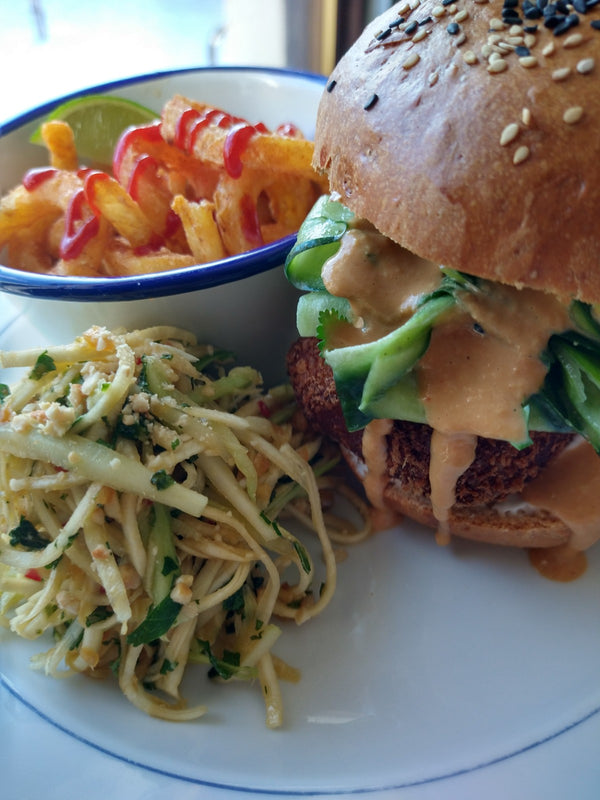 Panko ginger & chilli tofu burger