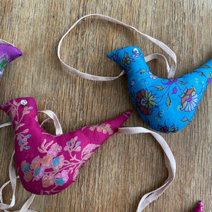 recycled sari decorations birds