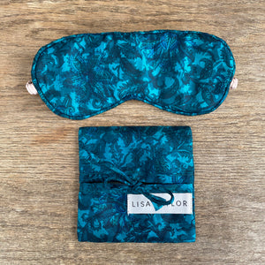 RECYCLED SILK EYE MASK WITH GIFT POUCH IN BLUE (1)