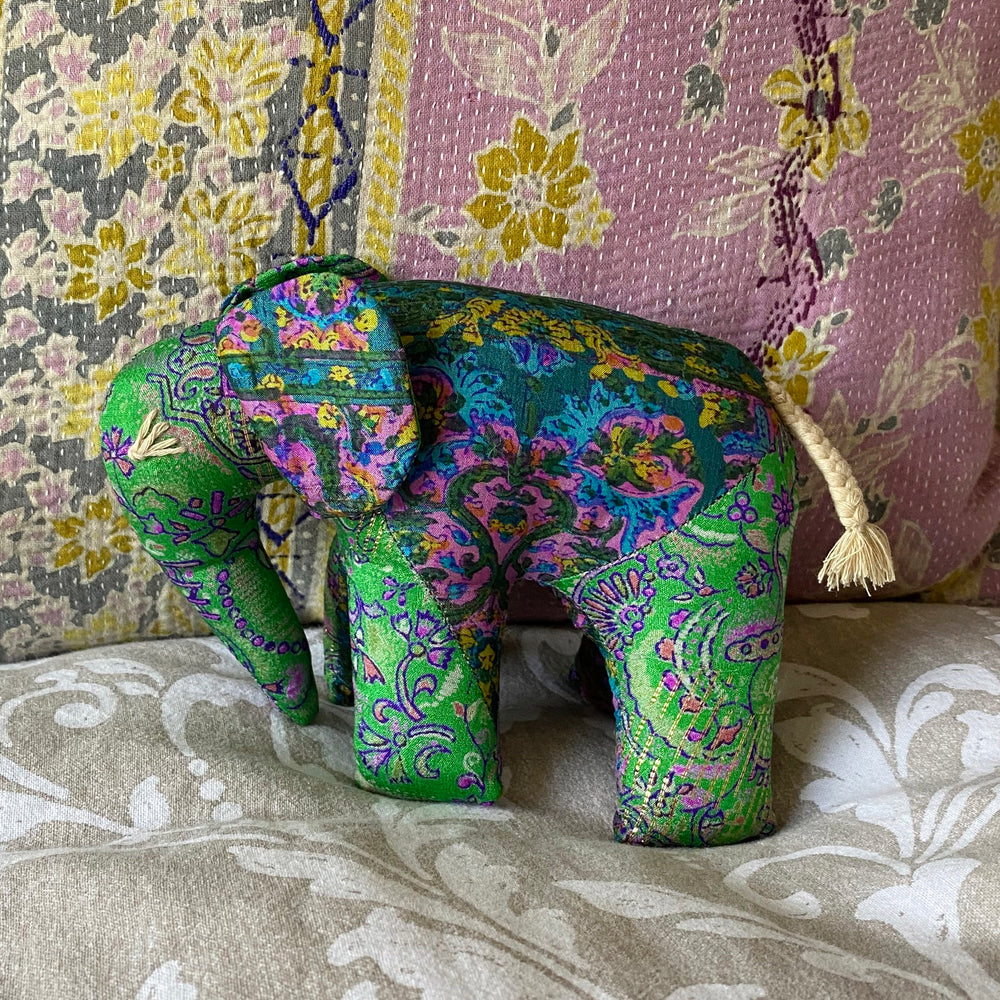 RECYCLED SILK SARI ELEPHANT (1)