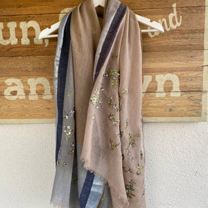 SAKSHI OVERSIZED WOOL SCARF WITH KHAKI EMBROIDERY