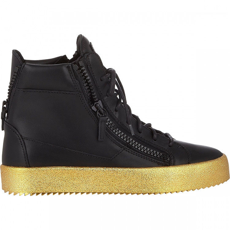 Black leather sneaker with gold bottom