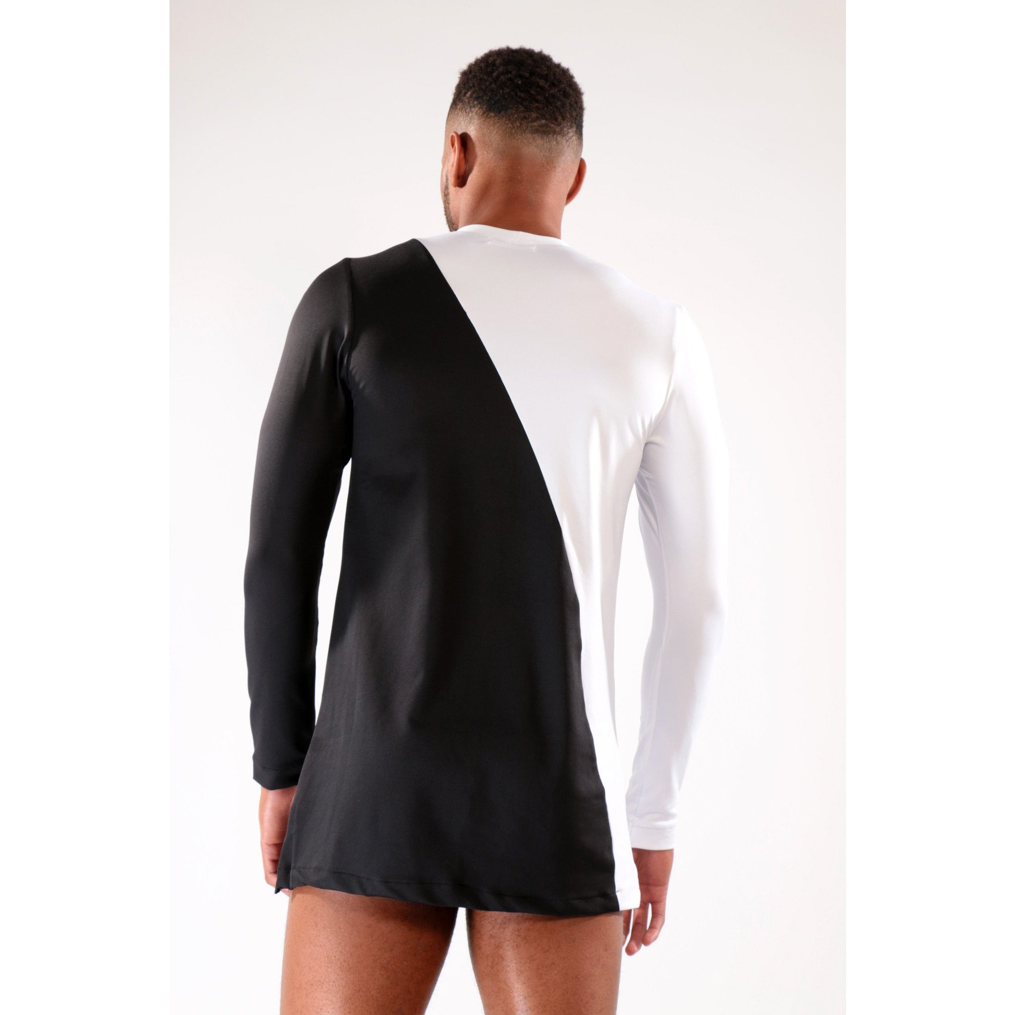Black and White Long sleeve T-Shirt with bi-angular design