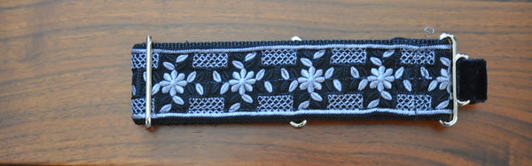 Collars for Kings - Black and White Martingale