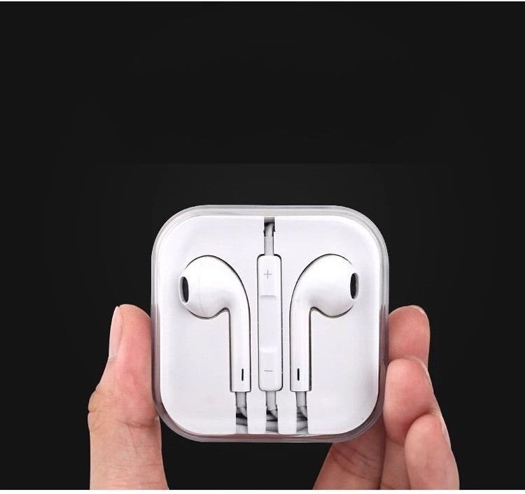 COMBO E Stereo Earphone Fashion P199 1PC.
