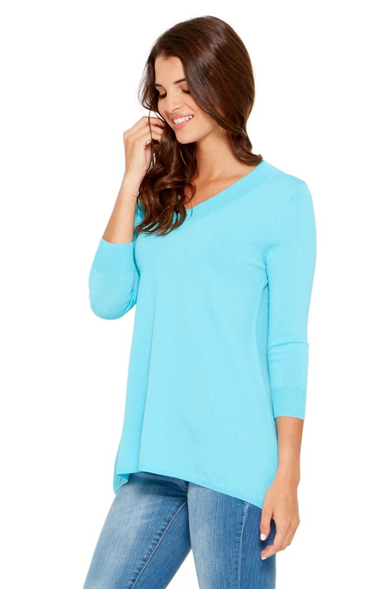 CASEY Classic V-Neck Sweater