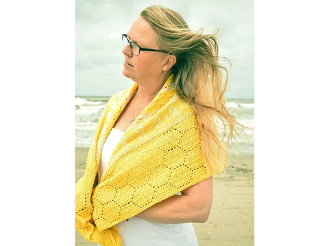 History of Bees Shawl CAL by Christina Hadderingh in Scheepjes Metropolis