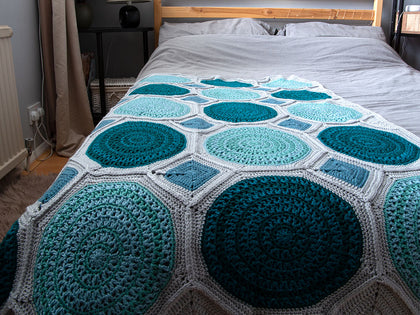 Lisbon Tiles Blanket Crochet Kit and Pattern