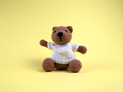 Bear by Amanda Berry in Deramores Studio DK