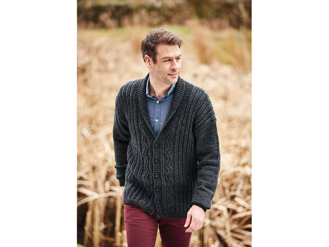 Cardigan in Hayfield Bonus Aran (10079)