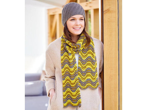 Ladies Scarf & Hat in Sirdar Country Classic (10089)