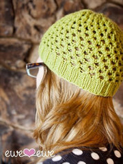 Penpal Hat in Ewe Wooly Worsted (204)
