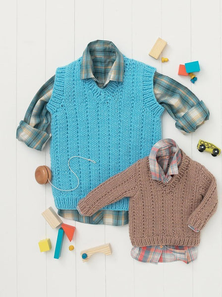 Babies and Boys Sweater and Tank in Hayfield Baby Chunky (4615)