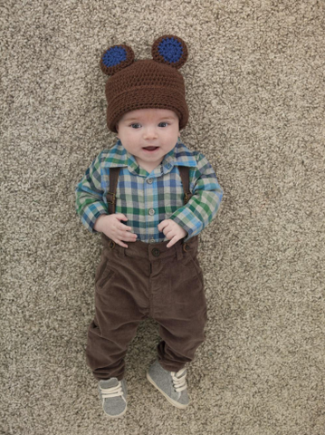 Boy's Baby Bear Hat in Lion Brands Vanna's Choice (60143b)