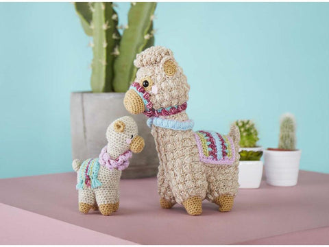 Amigurumi Llama & Baby Crochet Kit and Pattern Stylecraft Yarn (9595)