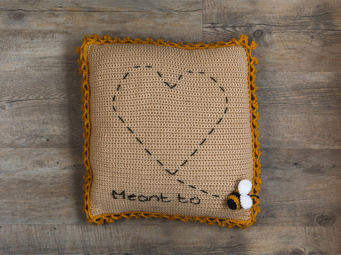 Meant To Bee Cushion Crochet Kit and Pattern in Deramores Yarn