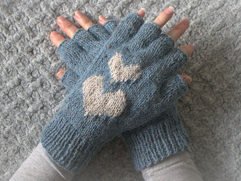 Hearts Fingerless Gloves by Leonie Morgan in Rowan Felted Tweed DK