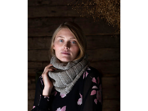 Knitted Cowl in Novita Nordic Wool