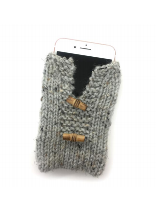Lion Brand® Vanna's Choice® Smartphone Sweater (Knit) (L70034)