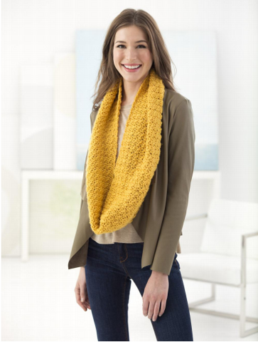 Cottonwood Cowl in Lion Brand Vanna's Choice (L70083)